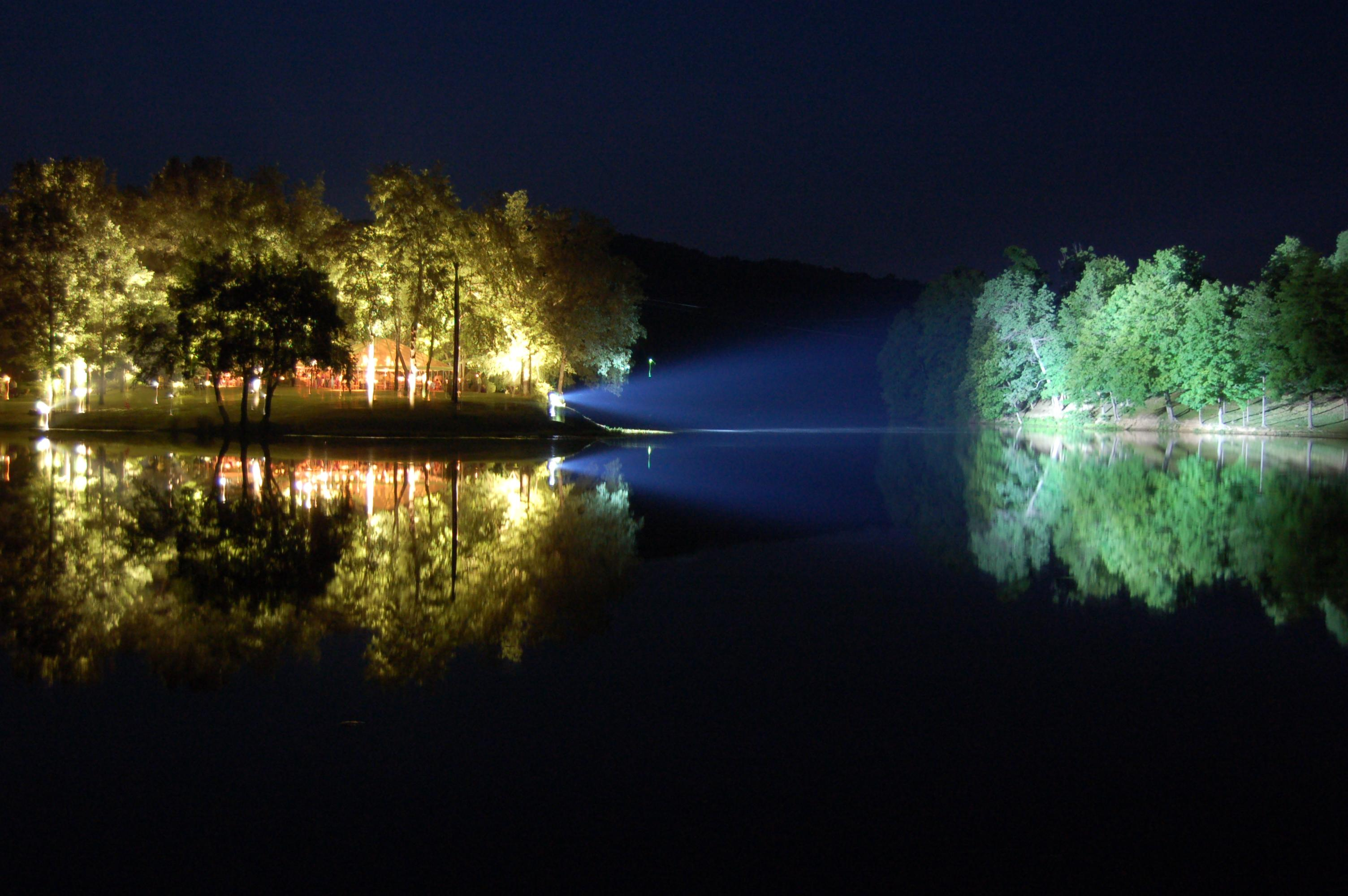landscape lake lighting